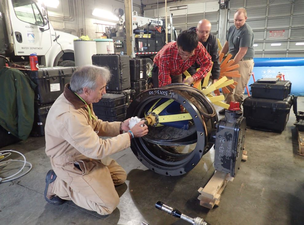 Testing the PipeDiver through a butterfly valve
